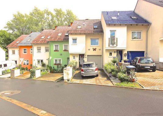 Von Kuhn Immobilien verkauftes Reihenhaus in Bad Kissingen