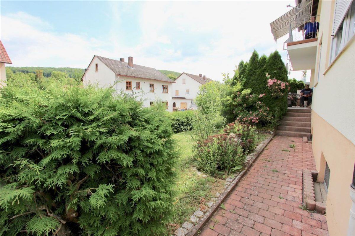 EG Zugang zur Terrasse - Kuhn Immobilien Bad Kissingen