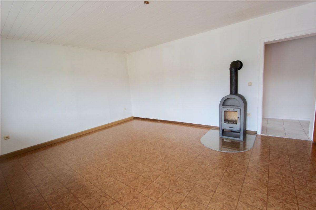 OG Wohnzimmer mit Schwedenofen - Kuhn Immobilien Bad Kissingen