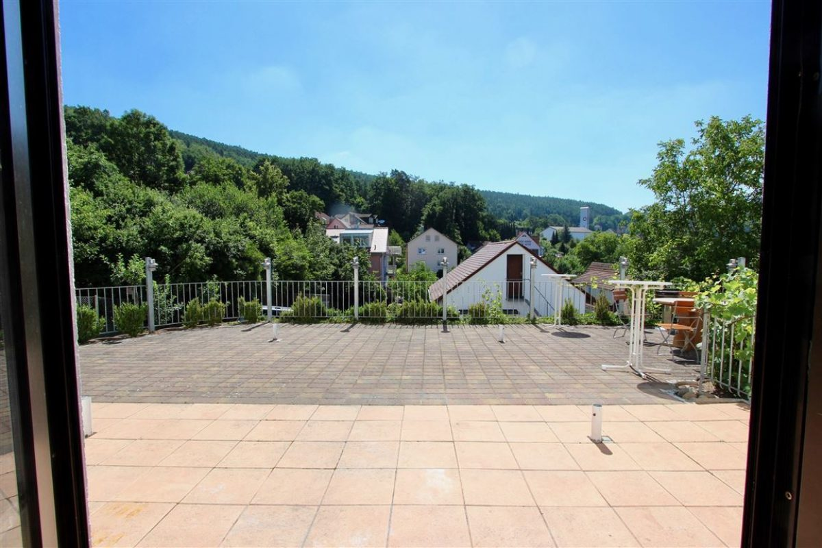 Terrasse (HS2) - Kuhn Immobilien Bad Kissingen