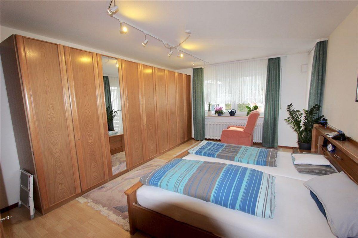Schlafzimmer 2.OG - Kuhn Immobilien Bad Kissingen