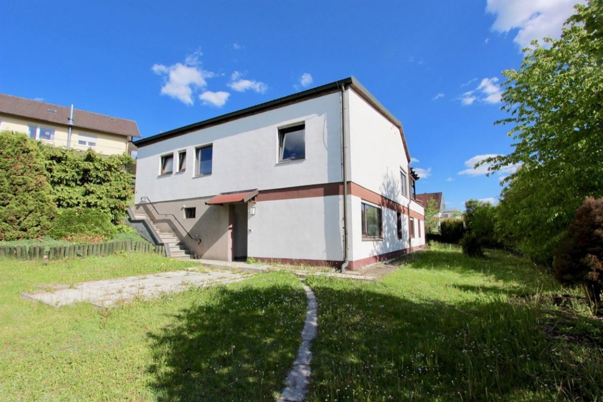 Ansicht vom Garten - Kuhn Immobilien Bad Kissingen