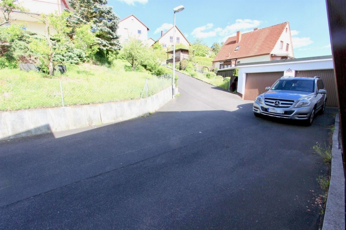 EG: 2 Garagen - Kuhn Immobilien Bad Kissingen