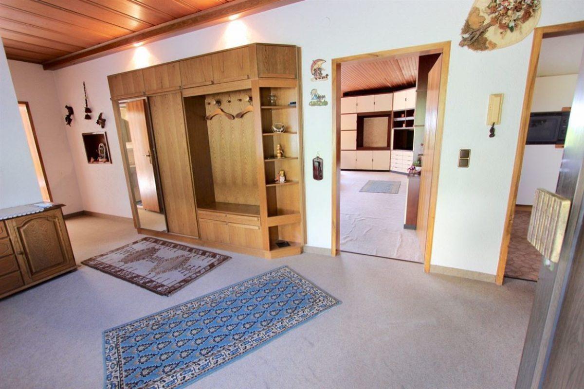 EG: Diele - Kuhn Immobilien Bad Kissingen