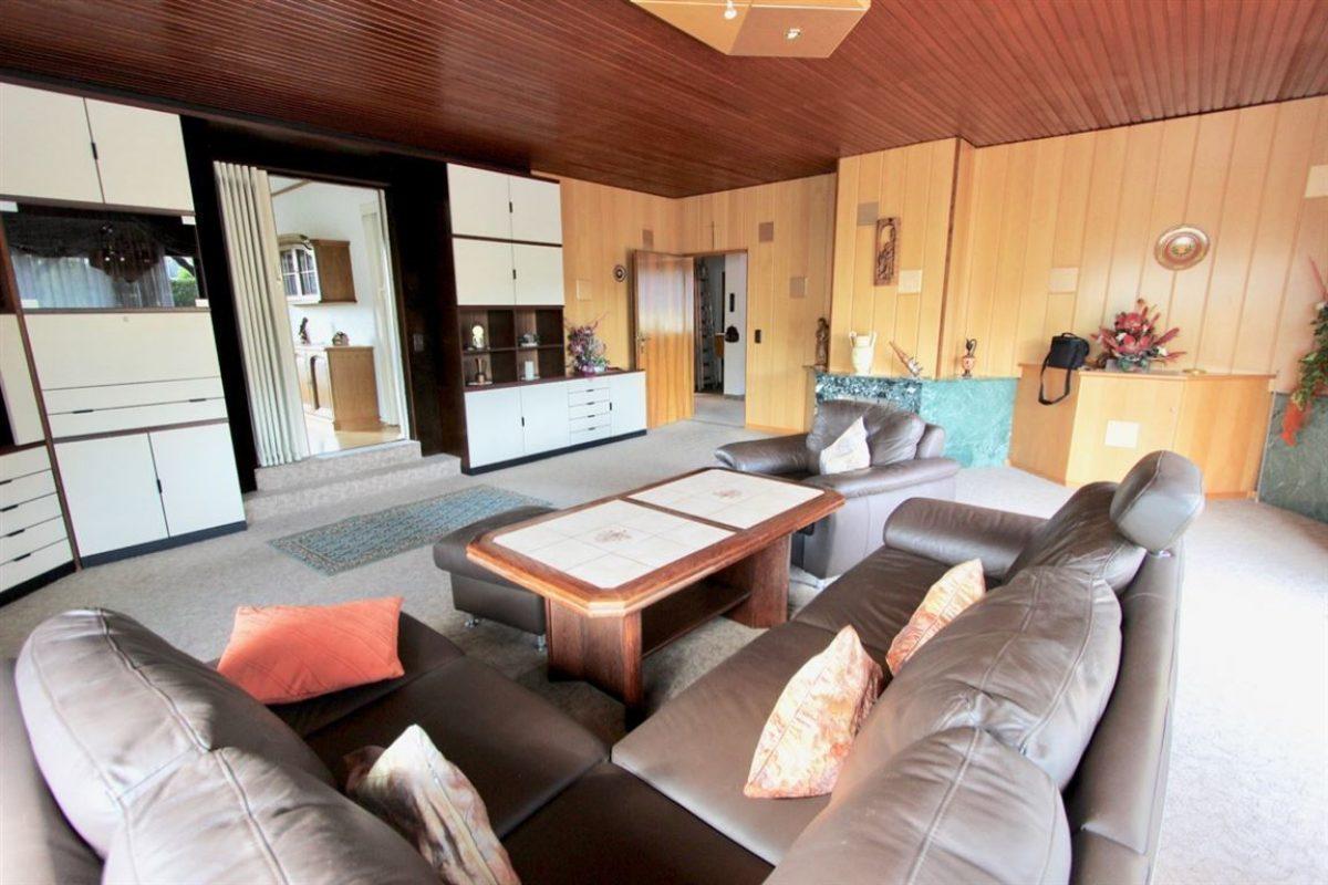 EG: Wohnzimmer - Kuhn Immobilien Bad Kissingen