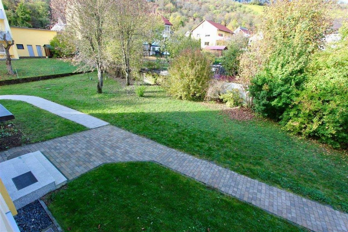 Hauszugang - Kuhn Immobilien Bad Kissingen