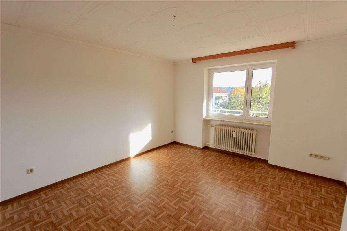 Schlafzimmer - Kuhn Immobilien Bad Kissingen