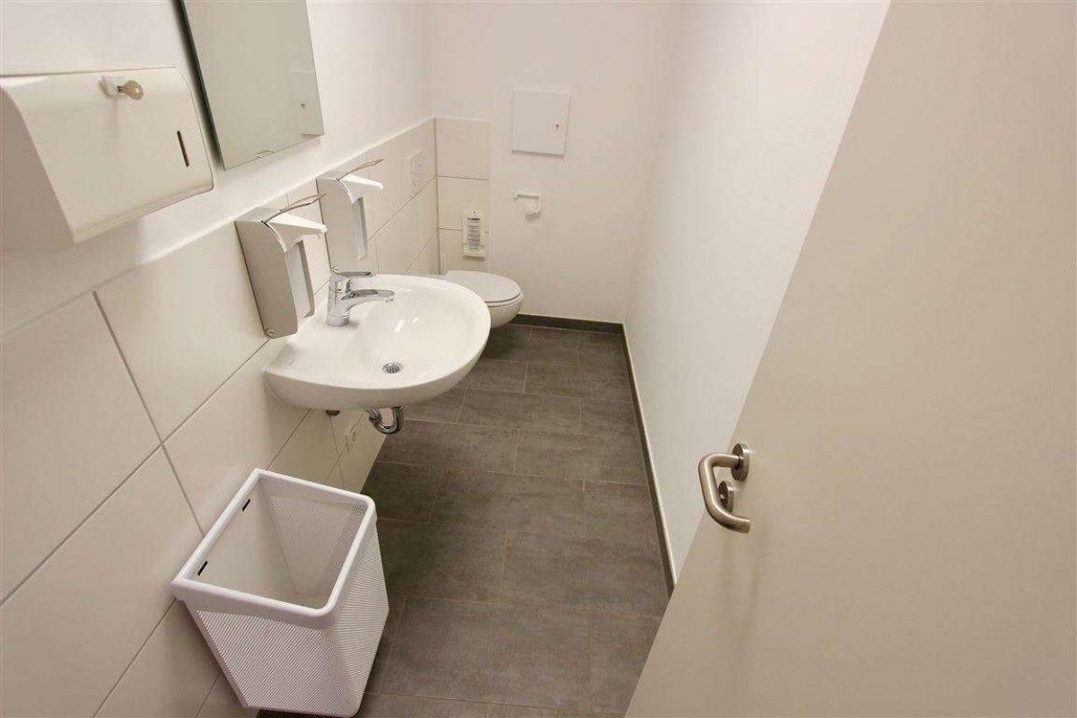 "Kunden WC ""D"" - Kuhn Immobilien Bad Kissingen"