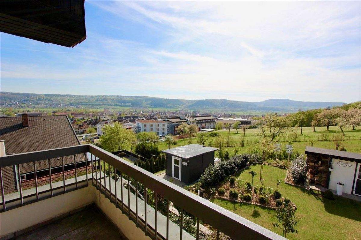 Blick vom Balk. DG - Kuhn Immobilien Bad Kissingen
