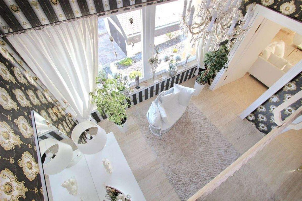 Blick von der Galerie ins 1.OG - Kuhn Immobilien Bad Kissingen