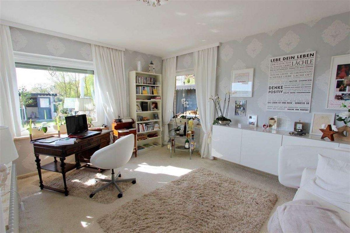 Lese-/Arbeitszimmer - Kuhn Immobilien Bad Kissingen