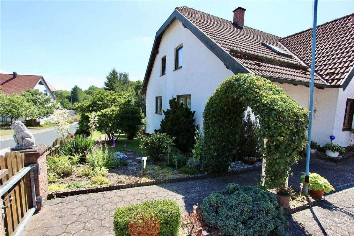 Zugang Grundstück - Kuhn Immobilien Bad Kissingen