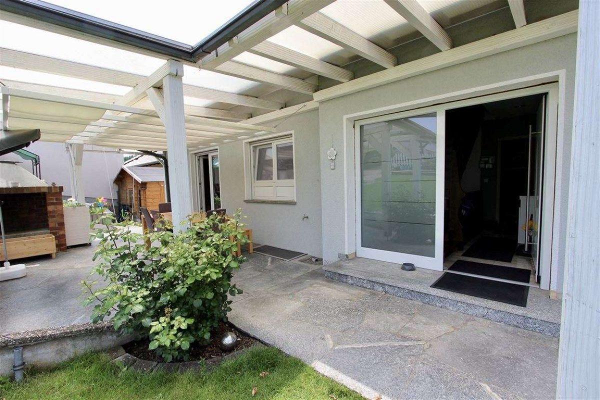 Hauszugang EG - Kuhn Immobilien Bad Kissingen