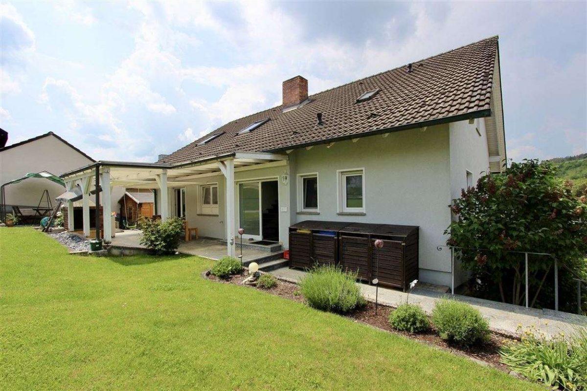 Terrasse und Garten - Kuhn Immobilien Bad Kissingen