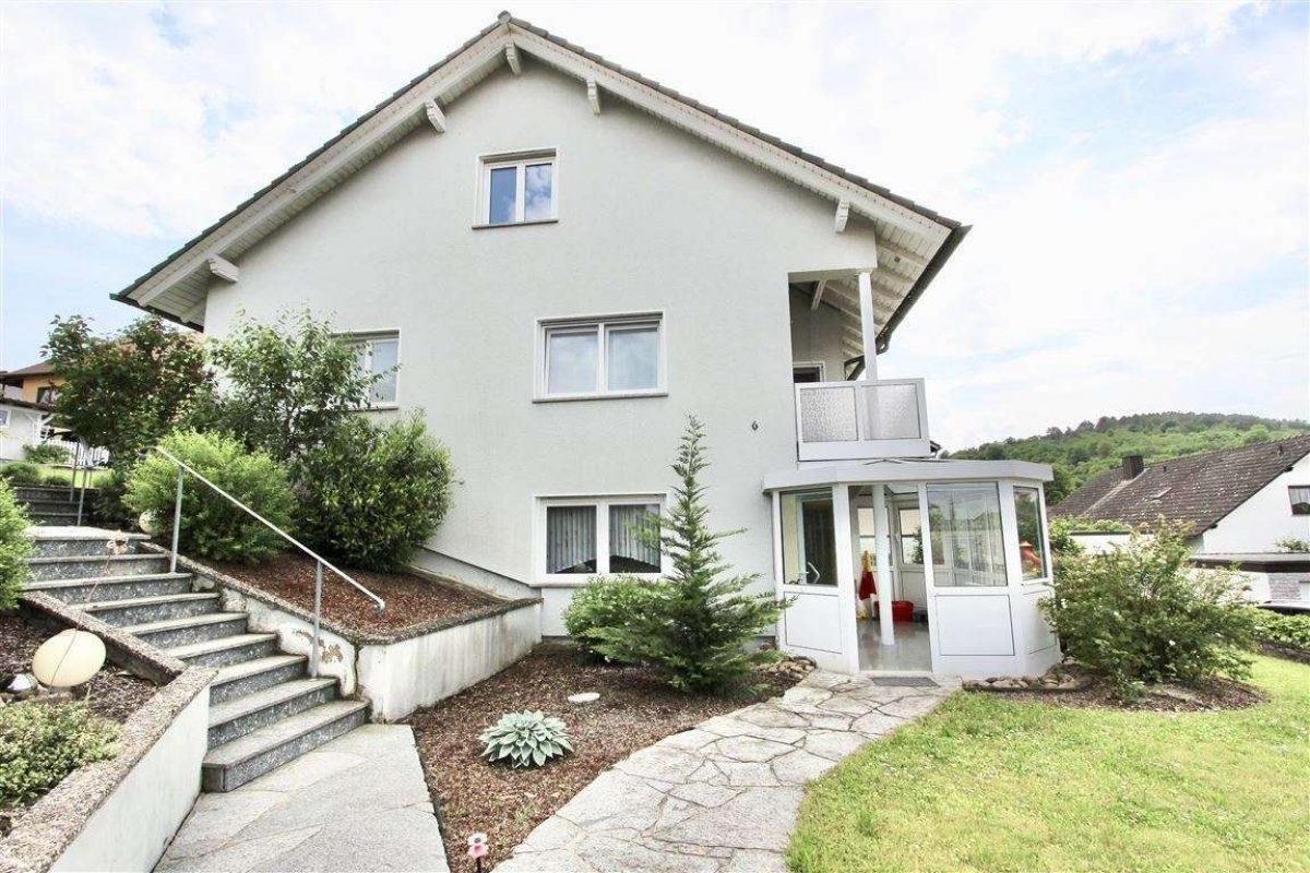 Willkommen! / Hauszugang - Kuhn Immobilien Bad Kissingen