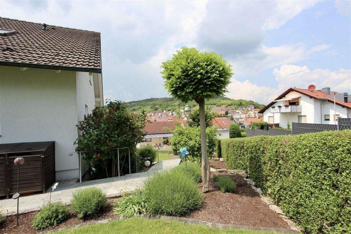 Zugang EG - Kuhn Immobilien Bad Kissingen
